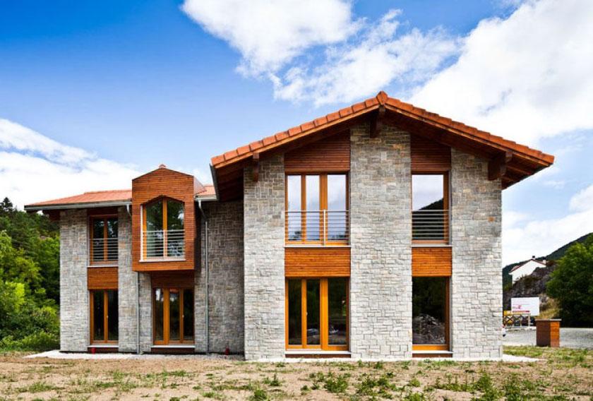 Casas pasivas con fachadas de piedra natural